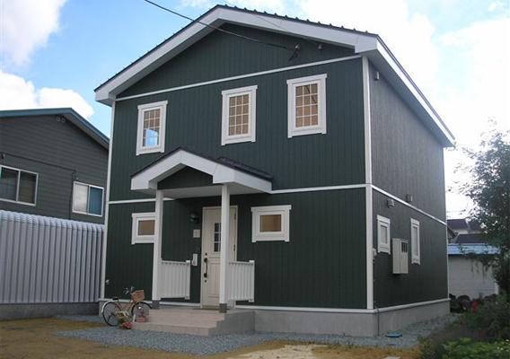 無垢材・珪藻土を使用した天然素材の家 岩見沢市美園M様邸